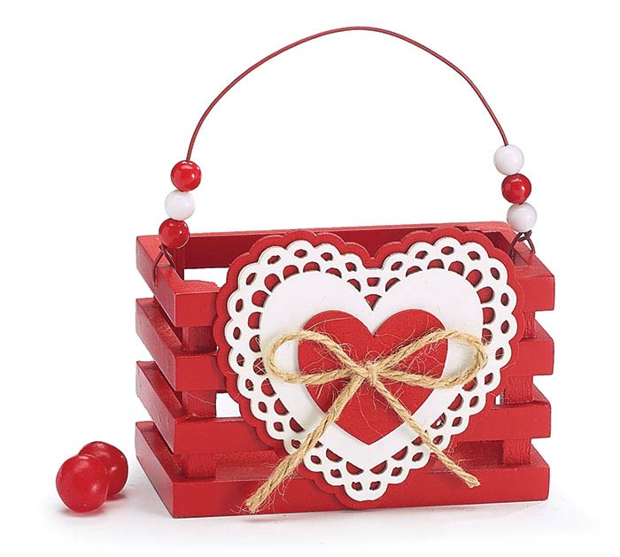 RED VALENTINE HEART WOOD CRATE