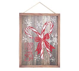 HANDMADE HOLIDAY DISTRESSED WALL HANGING