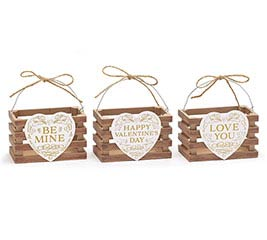 NATURAL VALENTINE HEART WOOD CRATE