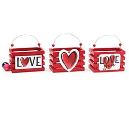 WATERCOLOR RED HEART CRATE ASSORTMENT