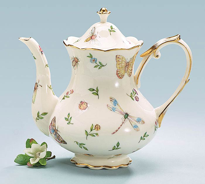 MORNING MEADOWS PORCELAIN TEAPOT