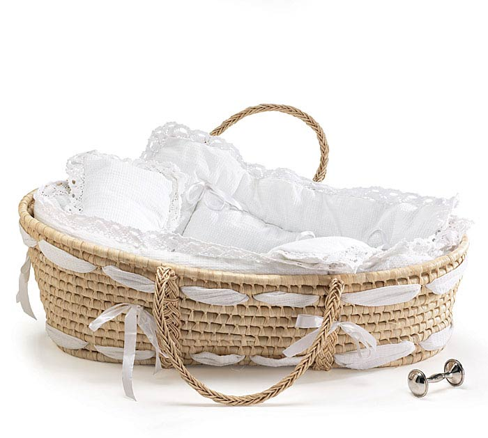 natural moses basket with white beding. Black Bedroom Furniture Sets. Home Design Ideas