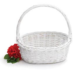 WHITE OVAL WILLOW BASKET WITH HANDLE