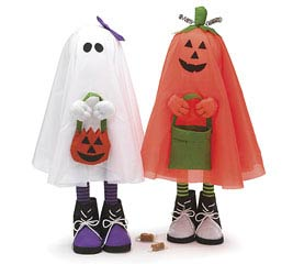 STANDING HALLOWEEN TRICK OR TREAT PALS