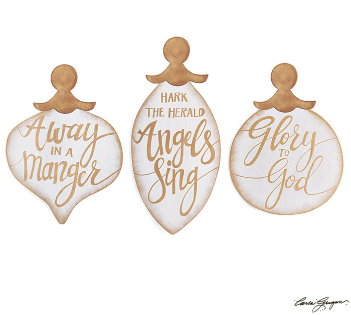 WHITE/GOLD ORNAMENT WALL HANGING SET