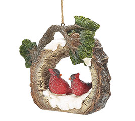 WOOD SLICE ORNAMENT WITH CARDINAL CENTER