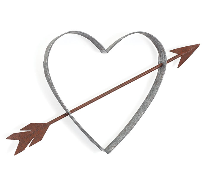 OPEN TIN HEART W/ ARROW WALL HANGING