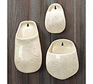 WHITE AZTEC CERAMIC WALL HANGING SET