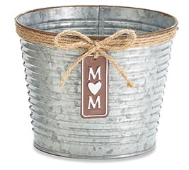 "6"" RIBBED TIN POT COVER W/ MOM CHARM"