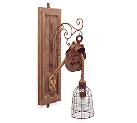RUSTIC SINGLE WALL LIGHT WITH PULLEY