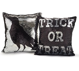 SEQUIN PILLOWS WITH REVERSIBLE PATTERNS
