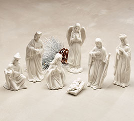 SMALL SOLID MATTE WHITE NATIVITY SET