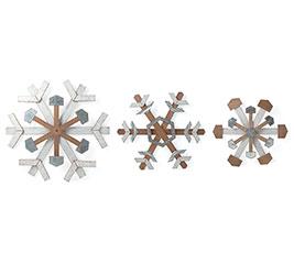 SNOWFLAKE WALL HANGINGS IN VARIED SIZES