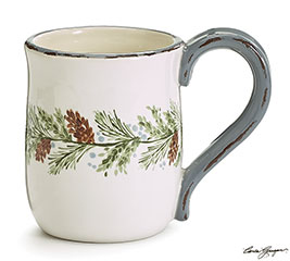PINECONE GARLAND WRAPPED IN CENTER MUG