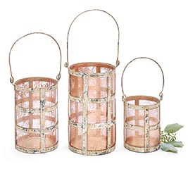 METAL CANDLEHOLDER IN VARIED SIZES