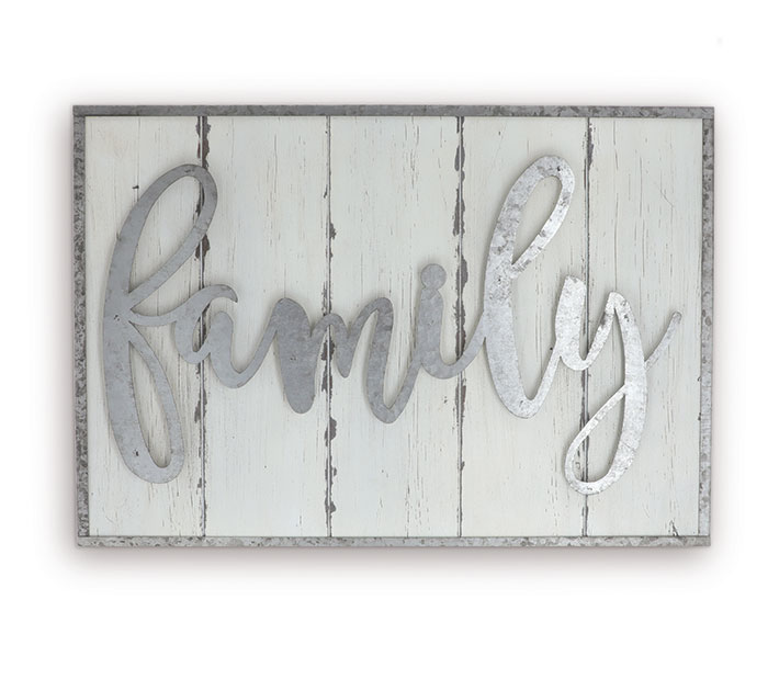 "WHITE WOODEN ""FAMILY"" WALL HANGING"