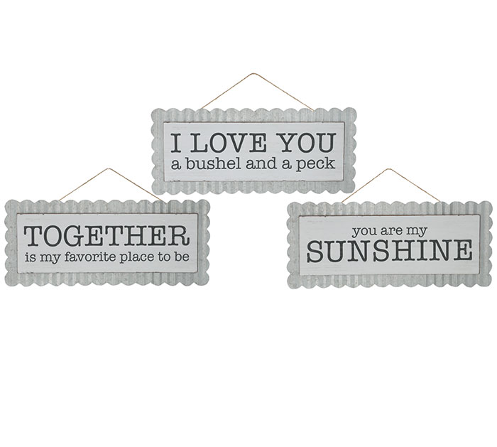 ASSORTED MESSAGE WALL HANGINGS