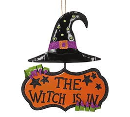 THE WITCH IS IN WALL HANGING
