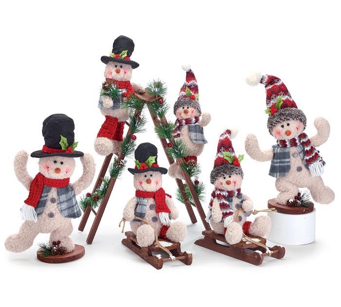 PLAYFUL SNOWMAN FAMILY