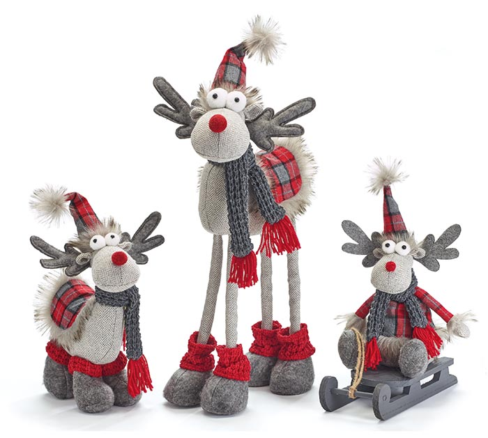 RED AND GRAY MOOSE FAMILY