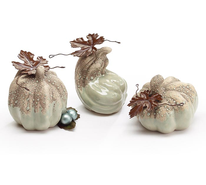 SMALL SAGE GREEN/GRAY PUMPKINS