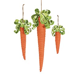 ASSORTED SIZES HANGING CARROTS